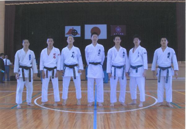 少年男子組手競技(団体戦・個人戦)に出場する選手の 皆さんです。